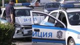 Подивял полицай катастрофира, отвлече жена и поиска... среща с мама и тати