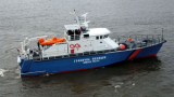 Поморие на крак: Капитан на риболовно корабче падна зад борда