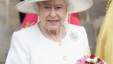 Убиецът на мюсюлмани посегна на кралица Eлизабет II