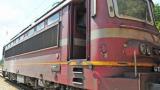 Ужас в Пернишко! Машинист падна от влака по време на движение, локомотивът го премаза