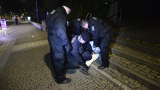 Брутално нападение в Чехия: Мигранти пребиха жестоко и ограбиха младо момиче