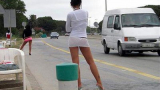 Русе пропищя от гнусните изцепки на проститутки и травестити! (ВИДЕО)