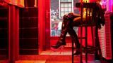 Белезници: Спипаха сводници, продавали 11 момичета за секс в казина и барове в Свиленград