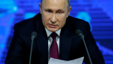 Путин пред 1700 журналисти заговори за ядрена война и пак захапа Порошенко