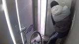 Познавате ли го? Бургаска батка с колело разби асансьор на пасарелка (ВИДЕО)