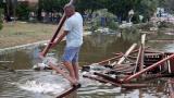 Циклонът Антиной удря Гърция с градушки и ветрове