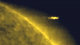 Мистерия: Огромни НЛО-та пак кръжат около Слънцето ВИДЕО