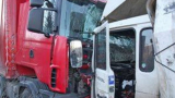 Страшна трагедия до Карнобат при челен удар на два ТИР-а