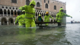 Страшна буря помете Южна Италия СНИМКИ