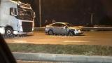 Меле между ТИР и кола запуши Околовръстното в София СНИМКА