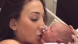 ВИДЕО на майка с новороденото ѝ бебенце разтресе мрежата