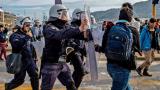 Военно положение в Гърция заради щурма на бежанците!