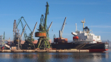 "Забраниха на екипажите да напускат корабите си на пристанище ""Варна"""
