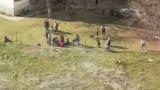 Скандални СНИМКИ на циганска безотговорност по време на карантина