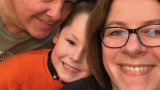 COVID-19 остави 7-годишно момченце без майка и баба, а татко му... СНИМКИ