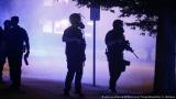 Кой специалист учи американските полицаи да убиват