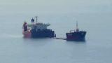 Потъващ кораб ужаси хората във Варна СНИМКА
