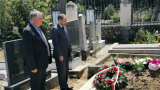 На погребението на Спаска Митрова, трогнала Борисов, отиде...