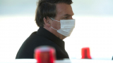 Болсонару отбеляза 4 юли в Бразилия без маска