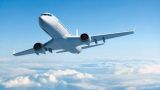 Повдигнатите крака на стюардеса в самолет нагорещиха мрежата СНИМКА 18+