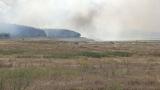 Пожар пламна край хипермаркет във Варна
