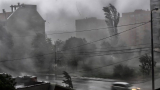 Буря като цунами помете Перник ВИДЕО