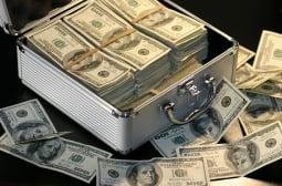 The Times гръмна: AstraZeneca и Moderna сключиха мегасделка за 1 милиард долара