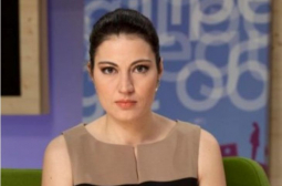 "Деси Стоянова преосмисли тотално живота си, като не е в студиото на ""Преди обед"" водещата е..."
