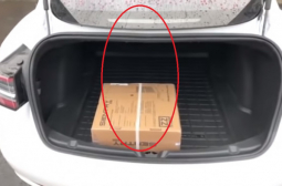 Откриха още една голяма недомислица в Tesla Model 3 (ВИДЕО)