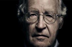 Ноам Чомски разкри 10-е мръсни начина за зомбиране на масите (СНИМКИ)