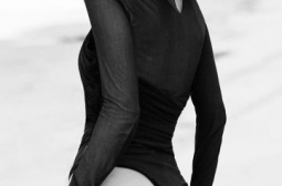 Бела Хадид феноменална в черно боди СНИМКИ 18+
