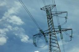 Успокоение: Електропреносната мрежа ще понесе тежка зима