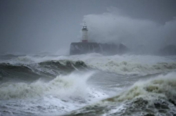 Нова страшна буря връхлита Острова след Киара