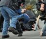 Извънредно в БЛИЦ! Страховито меле с бухалки в София