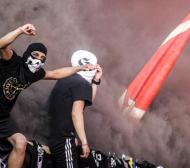 Ексклузивно в БЛИЦ: Кърваво меле в Пловдив! Maсов бой между фенове на ЦСКА и Локомотив!